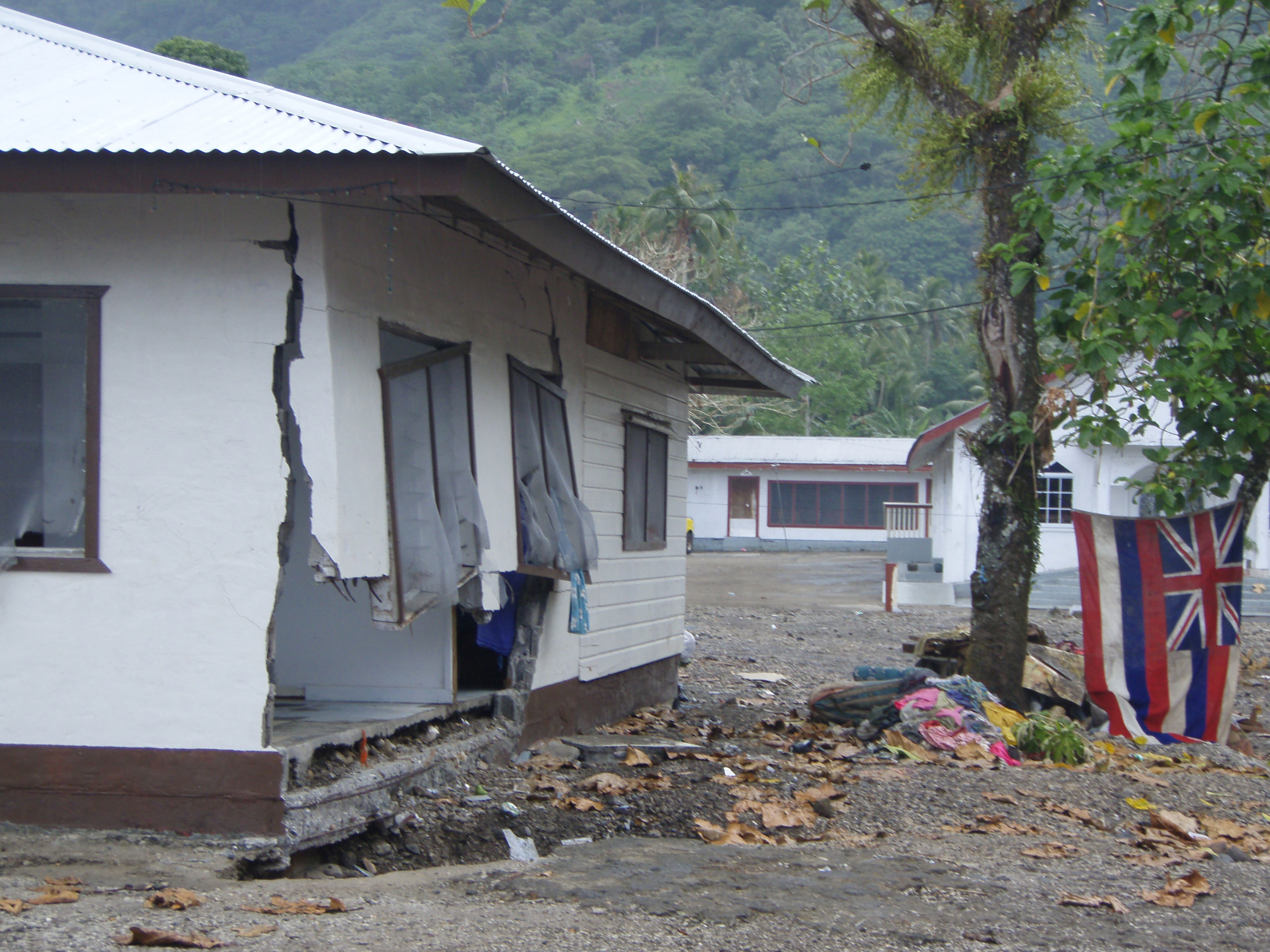 Photos from 2009 Samoan Islands earthquake